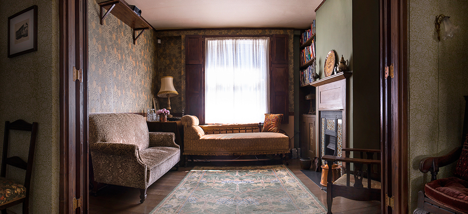 Shoreditch 1890s Terraced House - Sitting Room